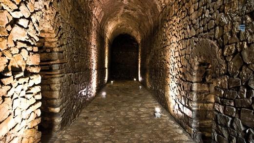 CISTERNE - Cisterne Romane